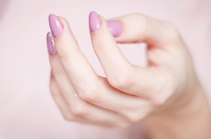 cum sa tratezi degetele umflate
