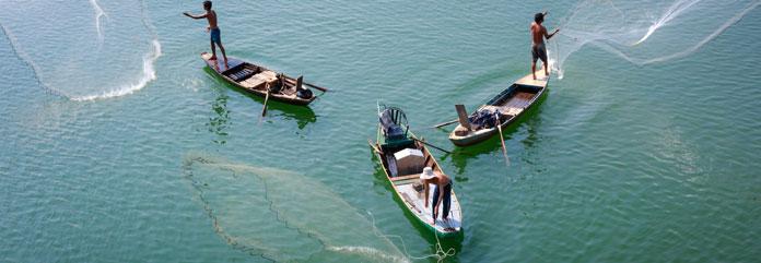 cum sa pescuiesti din barca